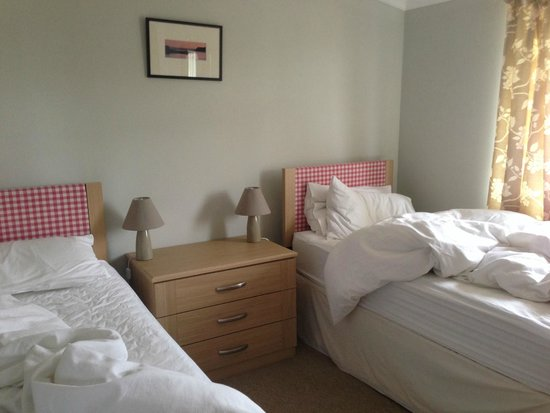 St Andrews Country Cabins: Bedroom