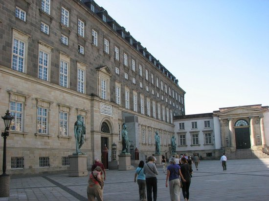 Schloss Christiansborg (Christiansborg Slot): Entrance to Palace