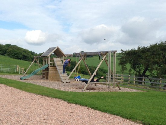 St Andrews Country Cabins: Playground