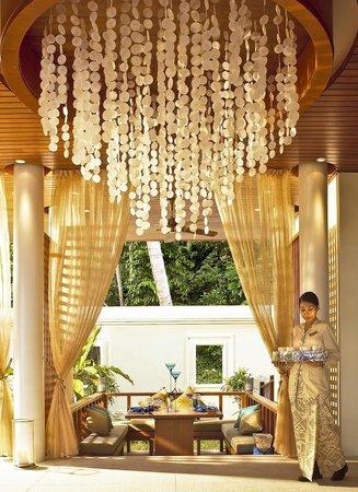 Pangkor Laut Resort: The Straits - Interior