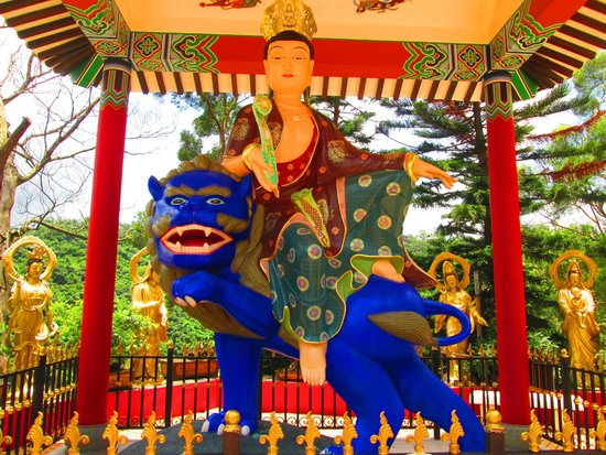 Ten Thousand Buddhas Monastery (Man Fat Sze): I loved it here.