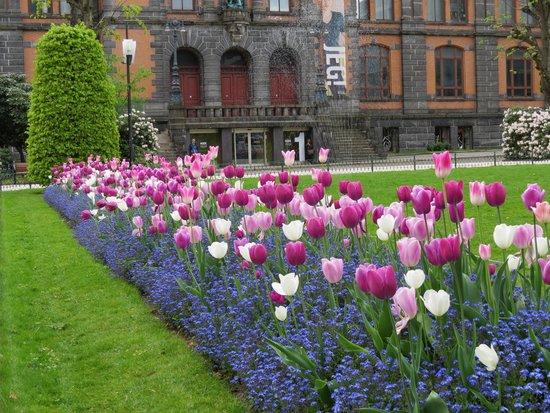 Radisson Blu Royal Hotel, Bergen: Public parks-gardens in Bergen