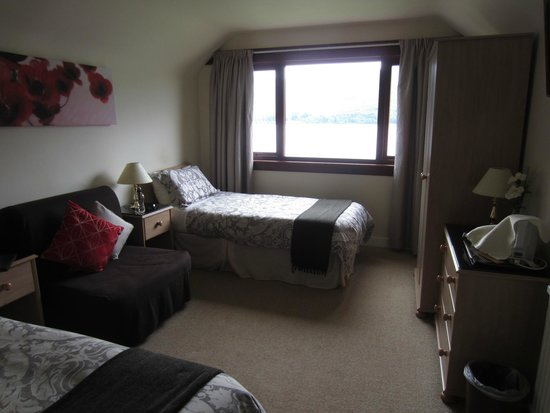 Stronchreggan View Guest House: Nice comfy beds!