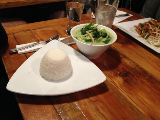 Khao San Road : green curry chicken