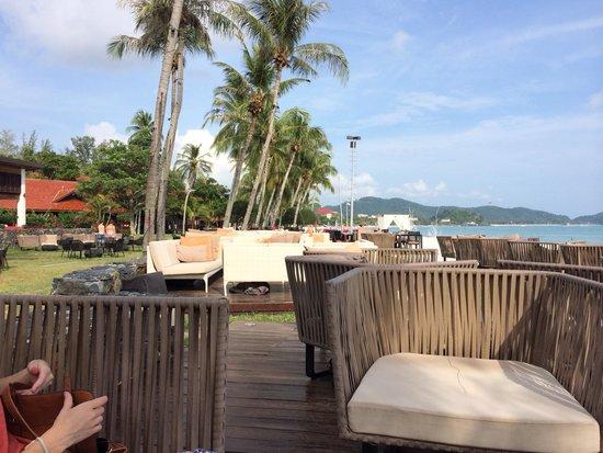 Meritus Pelangi Beach Resort & Spa, Langkawi: Outside By The Beach