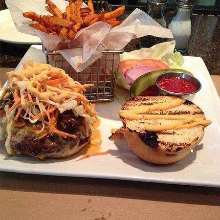 Park Place Restaurant & Bar: The Patty Burger