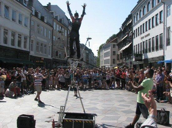 Strøget : Stroget street performer