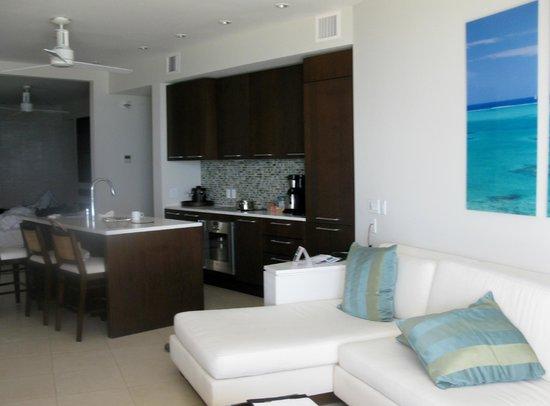 Gansevoort Turks + Caicos : kitchen area