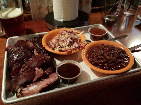 Black Dog Smoke & Ale House: Short ribs, awesome