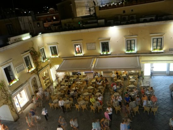 Pulalli Wine Bar : Vista desde Polulli