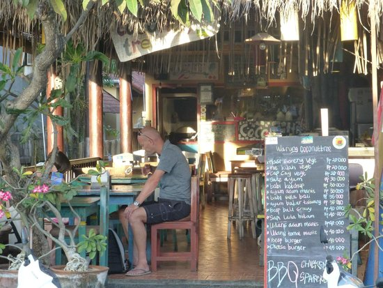 Warung Coconut Tree exterior