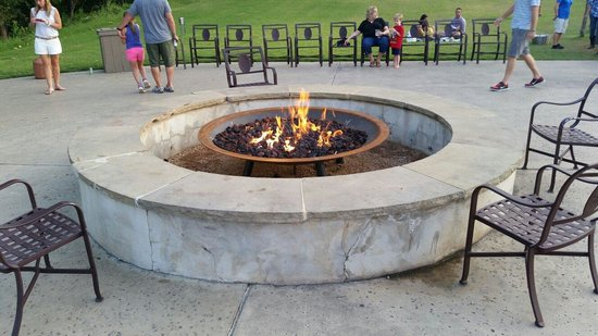 Hyatt Regency Lost Pines Resort and Spa : One of two fire pits to sit around each night.