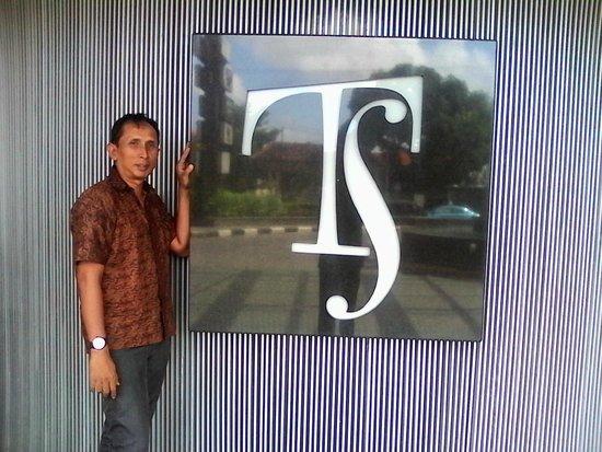 TS Suites Surabaya: hotel TS sign board