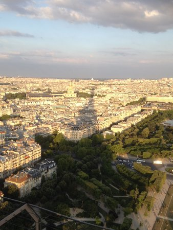 PARISCityVISION: Eiffel Tower view from 2nd level