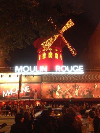 PARISCityVISION : Moulin Rouge show