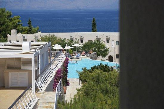 MarBella Corfu Hotel: piscina