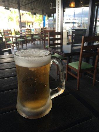 Lulu Bar Cafe & Restaurant : Fiji Bitter