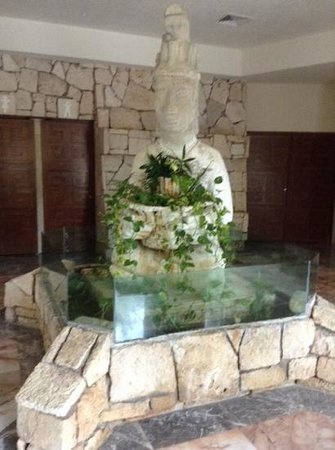 Grand Park Royal Cozumel : inside lobby