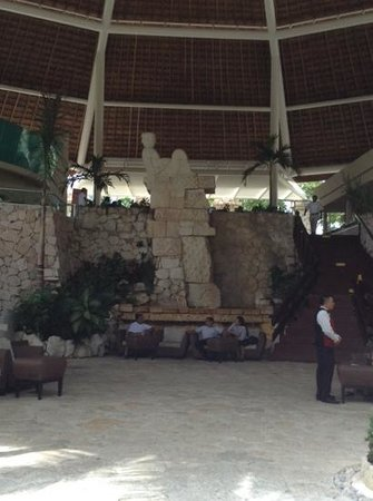 Grand Park Royal Cozumel : main lobby