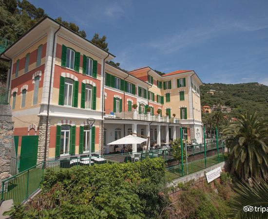 Ch hotel del golfo resort finale ligure italia prezzi for Hotel liguria milano