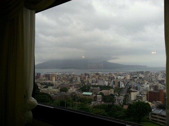 SHIROYAMA HOTEL kagoshima: 桜島の雄姿は次回におあずけ