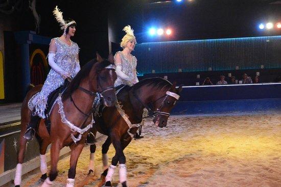 The Dancing Horses Theatre : Flappers? Horses? Florses?