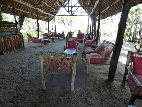 Lake Manze Tented Camp, Selous Game Reserve: Communal area