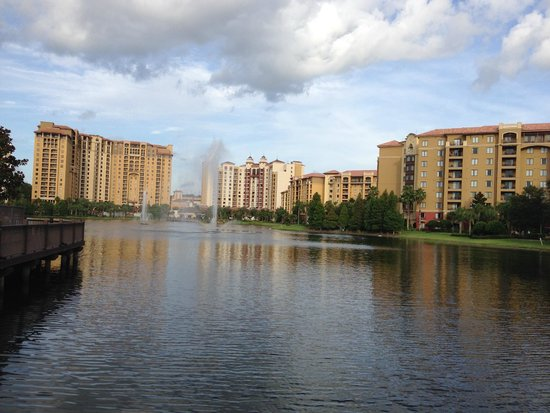 Wyndham Grand Orlando Resort Bonnet Creek: Gorgeous hotel grounds