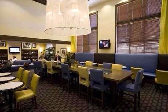 Hampton Inn & Suites Las Vegas-Red Rock/Summerlin: Lobby