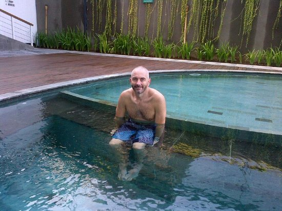 Ossotel : 5 min dip in a freezing pool