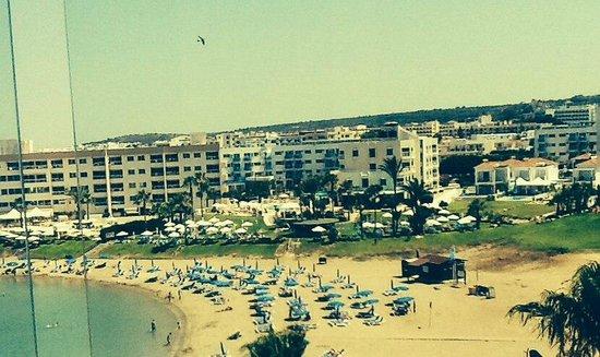 Pernera Beach Hotel: Вид из номера