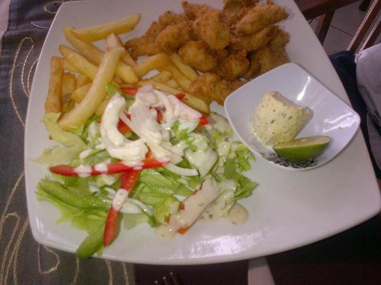 Sheppy`s Bar and Restaurant: Hubby's snappper