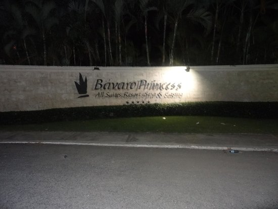 Bavaro Princess All Suites Resort, Spa & Casino: front of the resort