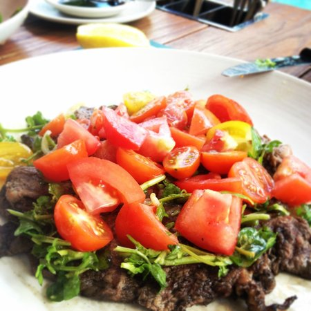 Double-Six Luxury Hotel Seminyak : One of our many favourites - minute steak and the tomato salad.