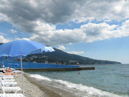 Levant Eco Hotel: Пляж