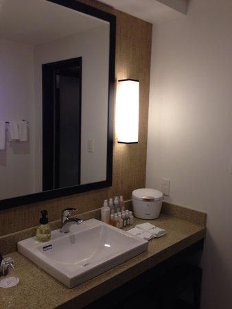 Hotel Monterey Okinawa Spa & Resort: 洗面