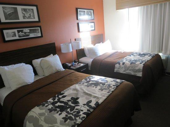 Sleep Inn JFK Airport Rockaway Blvd : room