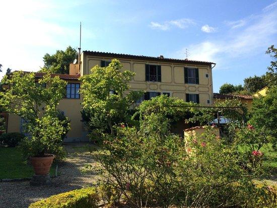 Ape Rosa Relais : La villa