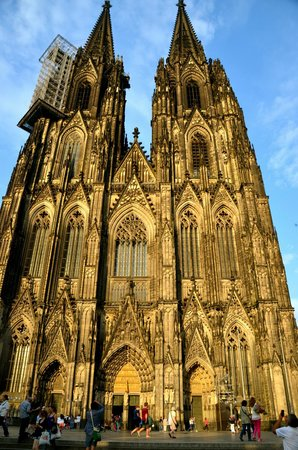 Kölner Dom: Outer facade of the Cathedral