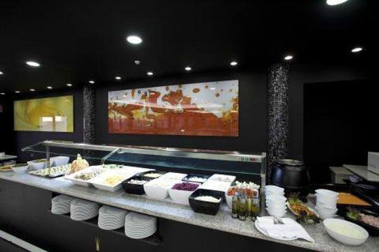 Hotel Daniya La Manga Spa & Wellness: Buffet