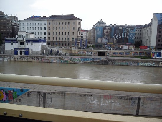 Historic Center of Vienna: Danube Canal from the red bus tour