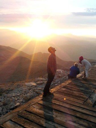 Mount Nemrut: güneşin batışı