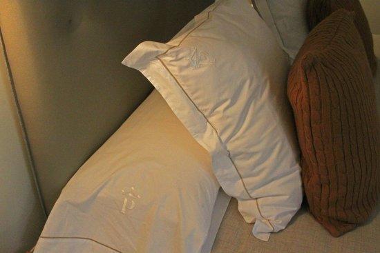 Parador de Corias: Ropa de cama fabulosa.