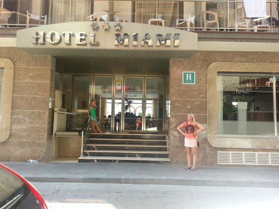 Miami Hotel : Нет ни чего для вывоза или завоза чемодана