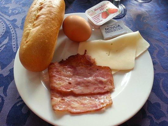 Miami Hotel: завтрак в течении 20 дней!