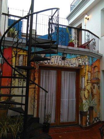 Cucha Tanguera : El patio