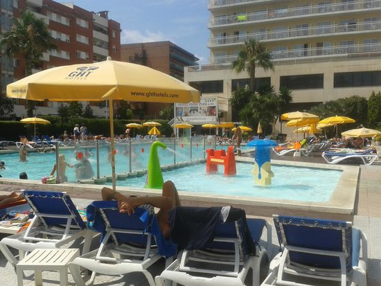 GHT Oasis Park & SPA: Piscine