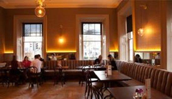 Hotel Meyrick: Gaslight Bar & Brasserie