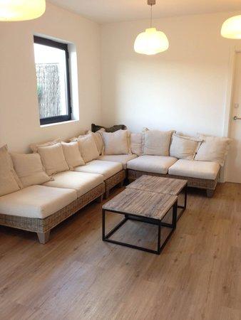 Hotel Acta Madfor : диванчик на этаже с террасой