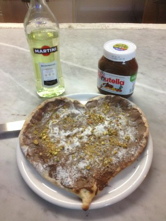 Pasolini Gauci Ltd: lovers' dessert pizza